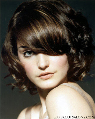 2007 red choppy hairstyle. Trendy medium choppy bob hairstyles.